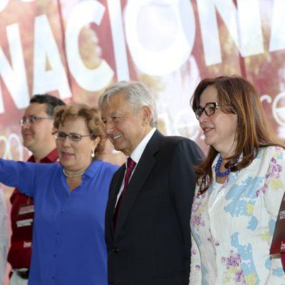 AMLO YA ES PRESIDENTE DE MORENA: El tabasqueño rinde protesta con la mira puesta en ganar en el 2018