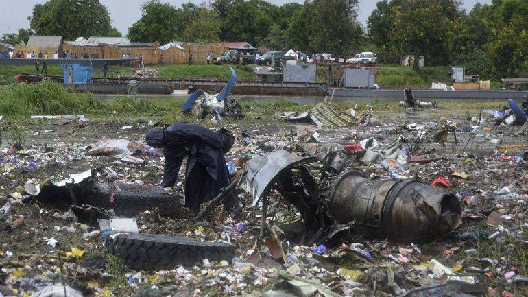SE ESTRELLA UN ANTONOV EN SUDÁN DEL SUR: Reportan al menos 40 muertos por caída de avión de carga ruso