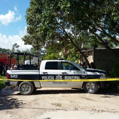 DOMINGO NEGRO EN CANCÚN: Maniatado y con el rostro encintado, hallan a un segundo ejecutado en la Región 247; le dieron tiro de gracia