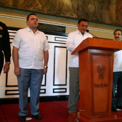 ELIMINAN TENENCIA EN YUCATAN: Prevé Gobernador beneficio para automovilistas de 220 mdp en 2016