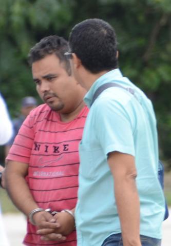 Persona no identificada detenida en Playa al descubrirse cargamento de precursores químicos.