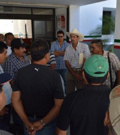 Firman ejidatarios y SCT convenio para empezar a pagar indemnizaciones por tierras en Juan Sarabia