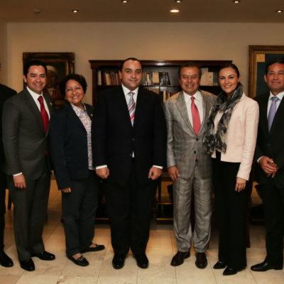 Se reúne Borge con 'todos' sus diputados federales en el DF para cabildear presupuesto para QR con César Camacho