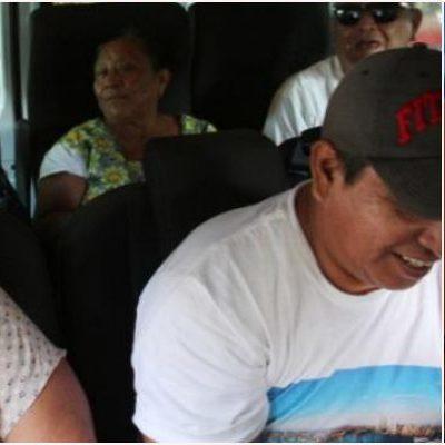 VIAJAN AL DF ABUELITOS VÍCTIMAS DE NEGLIGENCIA MÉDICA: Dañados por fallidas operaciones de la vista en Cancún, recibirán atención especializada