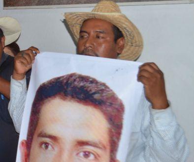 GUERRERO, EN MANOS DEL CRIMEN: Ejecutan en Chilapa a Bernardo, padre de 3 jóvenes desaparecidos