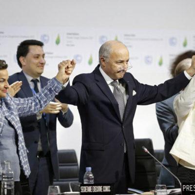 HISTÓRICO ACUERDO PARA FRENAR CAMBIO CLIMÁTICO: Casi 200 países pactan en París reducir y eliminar las emisiones de gases de invernadero