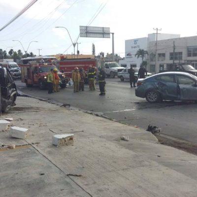 TRÁGICO ACCIDENTE EN LA PORTILLO: Un muerto y 3 heridos deja aparatoso choque en Cancún provocado por un presunto perito ebrio de la PGR