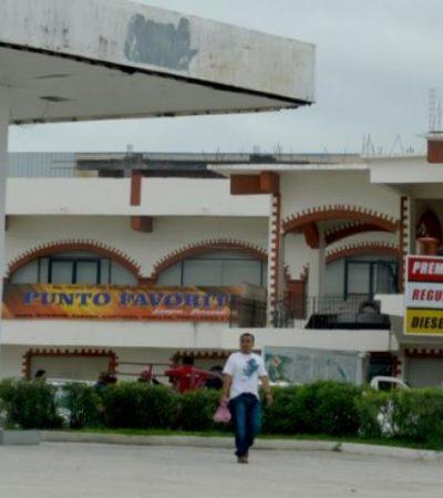 VUELVEN A BAJAR PRECIOS DE GASOLINAS… EN BELICE: Duro golpe a gasolineros de Chetumal; muchos ya 'cargan' en la Zona Libre
