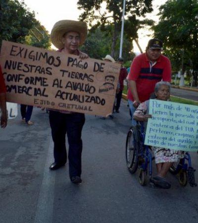PROTESTAN EJIDATARIOS EN AEROPUERTO: Elevan en Chetumal nivel de advertencia para agilizar indemnización por tierras