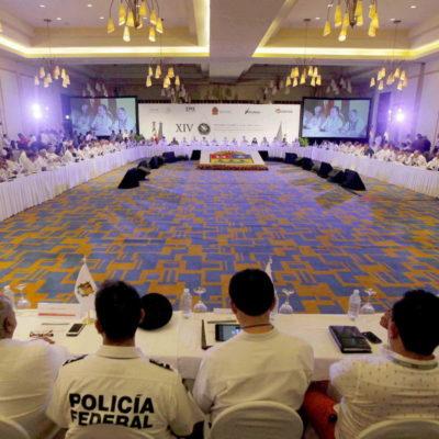 Se reúnen en Cancún mandos policiacos y de seguridad de todo el país
