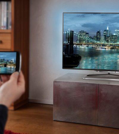 SMARTPHONES E INTERNET LE PEGAN A LA TV: Nuevos datos de Nielsen confirman retroceso de la televisión ante 'nuevas pantallas'