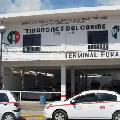 Ordena Borge cancelar concesión a taxista de Tulum que provocó altercado con chofer de Valladolid por pelearse al turismo