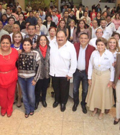"""CON DEDICATORIA AL PRI: Llama Abuxapqui a un diálogo entre generaciones en donde las diferencias """"no abran una brecha"""""""
