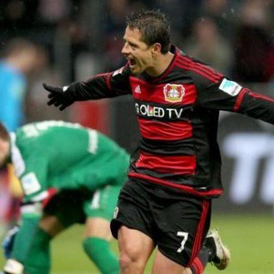 Con dos goles del 'Chicharito', Bayer Leverkusen derrota 3-0 al Hannover en la Bundesliga