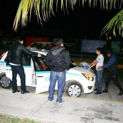 INSEGURIDAD A DOMICILIO EN PLAYA: A mano armada, roban lujosa camioneta en Villamar I con todo y factura endosada