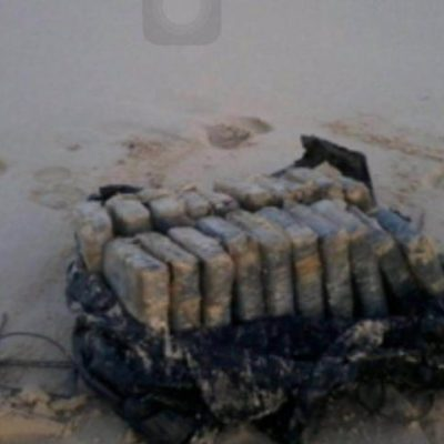 RECALA COCAÍNA EN PUNTA PÁJAROS: Asegura la Marina paquete con más de 20 kilos del alcaloide en playas de la reserva de Sian Ka'an