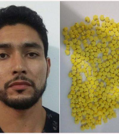 INTERCEPTAN LAS 'TACHAS' PARA LA 'FIESTA': Detienen en Cancún a hombre por paquete con 300 pastillas de metanfetaminas con la forma de 'Pac-Man'