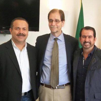 """""""ESTAMOS EN LA LÓGICA DE APOYAR"""": Se reúne Julián Ricalde con Basave y dice que Cancún """"es una posibilidad, no una obsesión"""""""