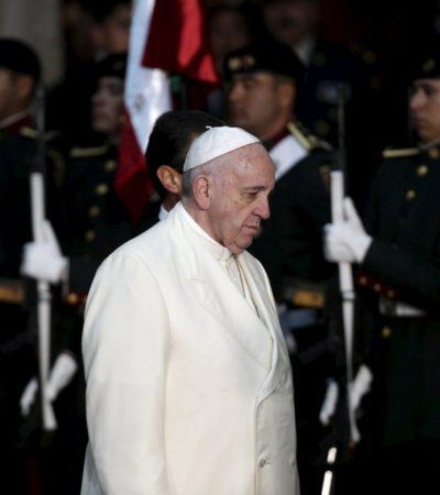 EL PAPA EN PALACIO NACIONAL: Buscar el beneficio personal puede llevar al narcotráfico y la corrupción, dice Francisco ante Peña Nieto y su gabinete