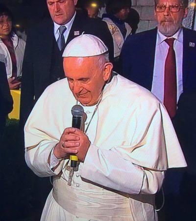 Se le va el 'avión' al Papa y, al regresar de su visita a Chiapas, termina hablando en italiano