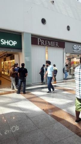 Mediante un boquete en el techo, roban joyería 'Premier' en plaza Las Américas de Cancún