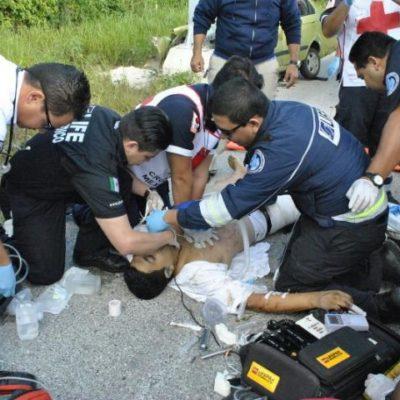 Fallece hombre tras estrellarse contra un poste y perder parte de la pierna derecha