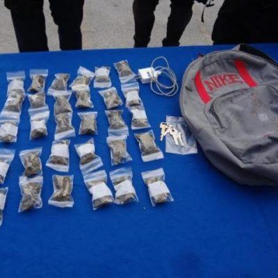 Detienen a adolescente con 30 dosis de marihuana en Cancún