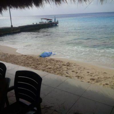 VENÍA A LA BODA DE SU HIJA: Fallece turista ahogado en playa del norte de Cozumel