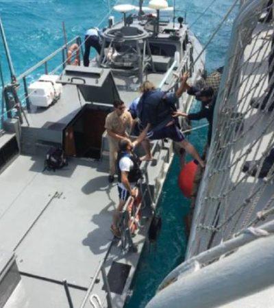 Rescata Marina a 6 personas que naufragaron al norte de Isla Holbox