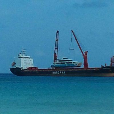 ESTRENA LA DUPLA FÉLIX-BORGE OTRO BARCO: Llega a Cozumel la nueva adquisición de la naviera 'Barcos Caribe', privilegiada desde el gobierno