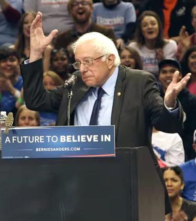 'BIRDIE' SANDERS CAUSA FUROR EN EU: Un pajarito se posa en el podio del precandidato presidencial demócrata y se vuelve viral