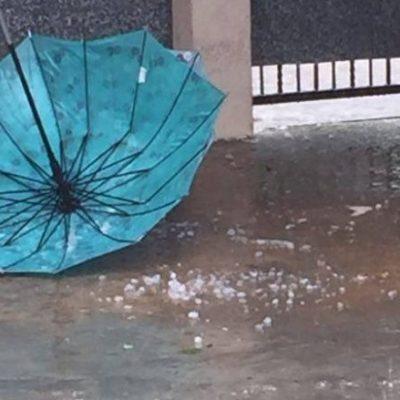 CAE GRANIZO EN TABASCO: Sorprenden fuertes vientos y lluvias en varios municipios; caen árboles