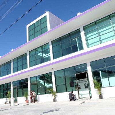 """QUE """"ESTAMOS DE MANTELES LARGOS"""": Ya tiene Puerto Morelos su primer 'Palacio Municipal'"""