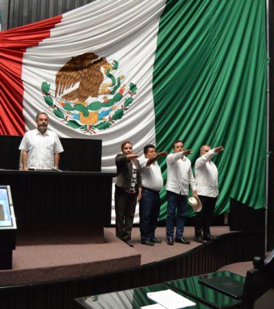 SIGUE LA DESBANDADA EN EL CONGRESO: Presentan licencia al cargo media docena de diputados en QR