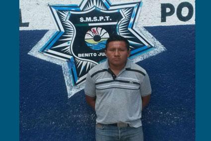 Detienen a un hombre por manosear a una mujer en tienda Coppel de Cancún
