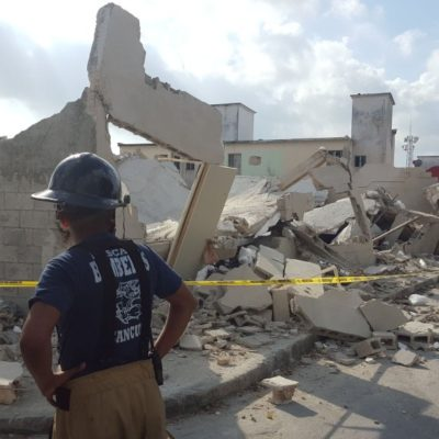 SORPRESA Y SUSTO EN HACIENDA REAL DEL CARIBE: Se derrumba construcción en la Región 211 de Cancún; nadie resulta herido