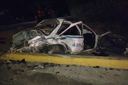 Fallece en el hospital taxista chocado en la carretera Puerto Morelos-Playa del Carmen