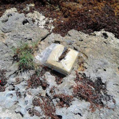 SIGUE RECALE DE DROGA EN COZUMEL: Hallan militares 2 paquetes con cocaína cerca de playa Mezcalitos