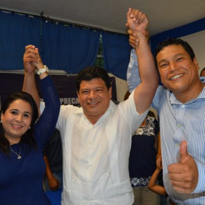 SE APUNTA LUIS TORRES LLANES POR OPB: Se registra el ex priista por la alianza PAN-PRD; Mayuli Martínez y Fernando Zelaya van por diputaciones