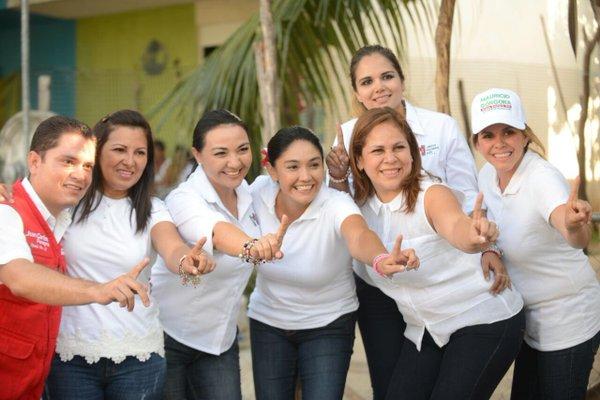 NEGLIGENCIA Y FUGA: Acusan a escoltas de Cinthya Osorio, esposa de Mauricio, de causar accidente y abandonar a mujer herida; son de Teresita Flota, reviran