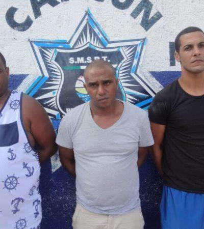Detienen a 3 cubanos ilegales y armados tras un reporte de robo en un hotel de Cancún