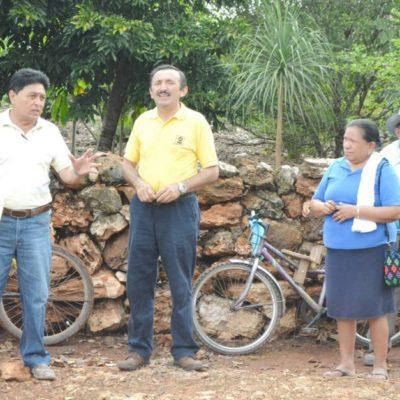 Domingo Flota se reúne con parceleros de nueva colonia en JMM