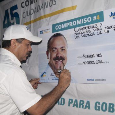 Se compromete Julián Ricalde a la construcción de banquetas y guarniciones en la 103