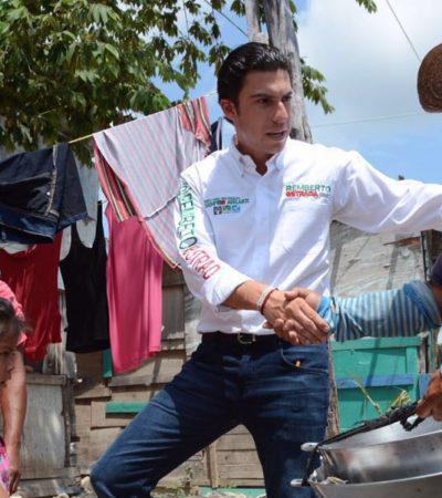Recorre Remberto el tianguis de la Región 102; le piden generar mejores empleos para los jóvenes