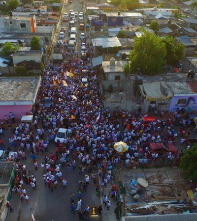 DESMIENTE CARLOS DESPIDOS MASIVOS CUANDO GOBIERNE: Camina candidato por calles de Chetumal con más de 3 mil simpatizantes