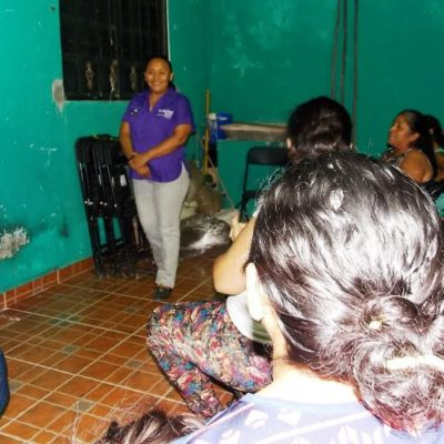 Ofrece Cristina Torres asesoría legal gratuita a vecinos de Villamar para proteger su patrimonio ante conflictos con bancos