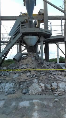 Muere trabajador por descarga eléctrica en empresa cementera de Puerto Morelos
