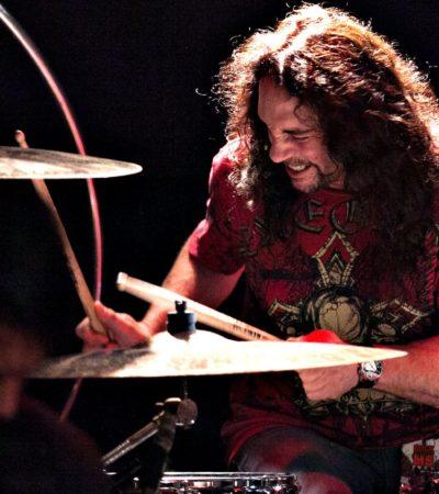 """""""¡DECIDME QUE NO ES VERDAD!"""": A los 51 años, muere Nick Menza, ex baterista de Megadeth en pleno concierto; sufrió un paro cardiaco"""