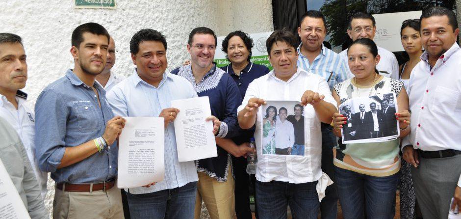 LE VOLTEAN LA TORTILLA AL PRI: Denuncia PAN-PRD ante PGR a Mauricio Góngora por presuntos vínculos con empresario investigado por nexo con narco