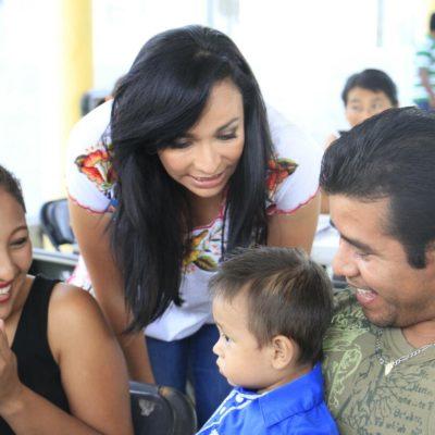 """""""Impulsaré la integración familiar para fortalecer el tejido social en Puerto Morelos"""", afirma Laura Fernández"""